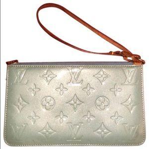 Authentic Louis Vuitton Pochette Clutch